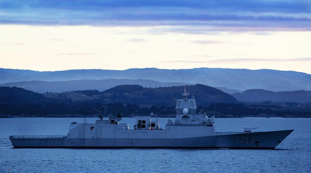 Fregatten «KNM Thor Heyerdahl» vil tirsdag reise fra Haakonsvern i Bergen for å delta i NATOs fregattstyrke i Atlanterhavet. (Foto: Jan Kåre Ness / NTB scanpix)