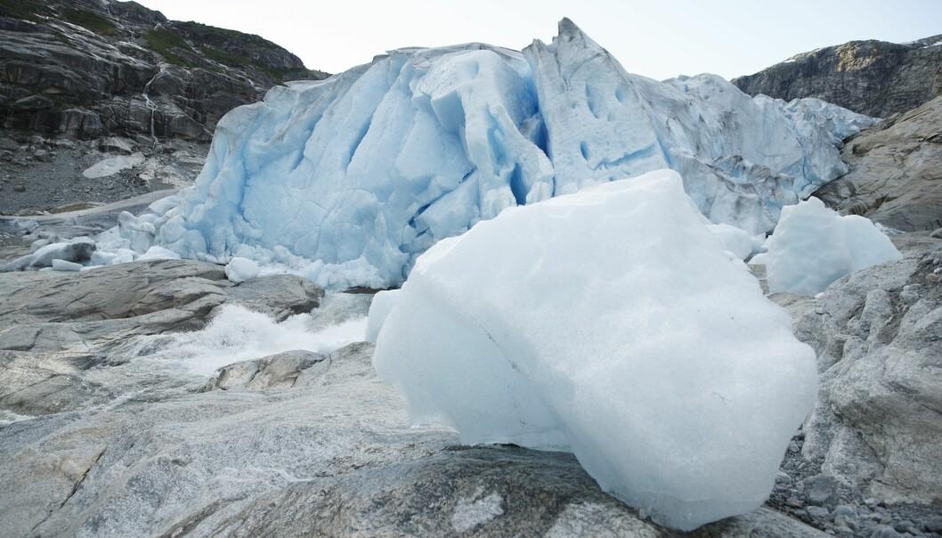 Flere norske isbreer står i fare for å forsvinne dersom temperaturene fortsetter å stige. Avbildet her er Nigardsbreen, som er en brearm av Jostedalsbreen. (Foto: Berit Roald, NTB scanpix)