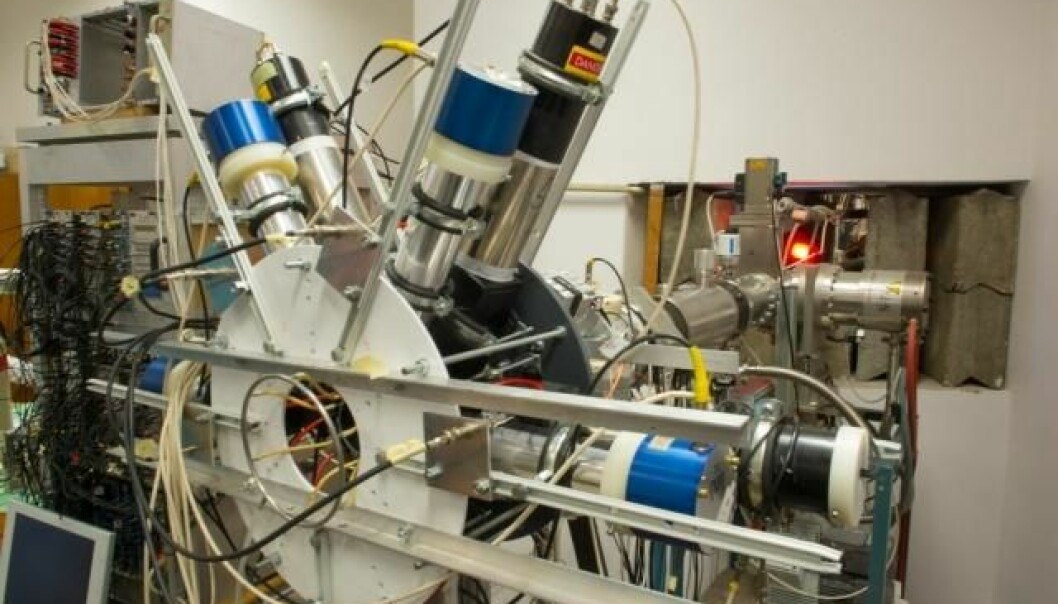 De ungarske fysikerne brukte dette instrumentet til å gjøre målingene av beryllium-nedbrytingen. (Foto: MTA Atomki)