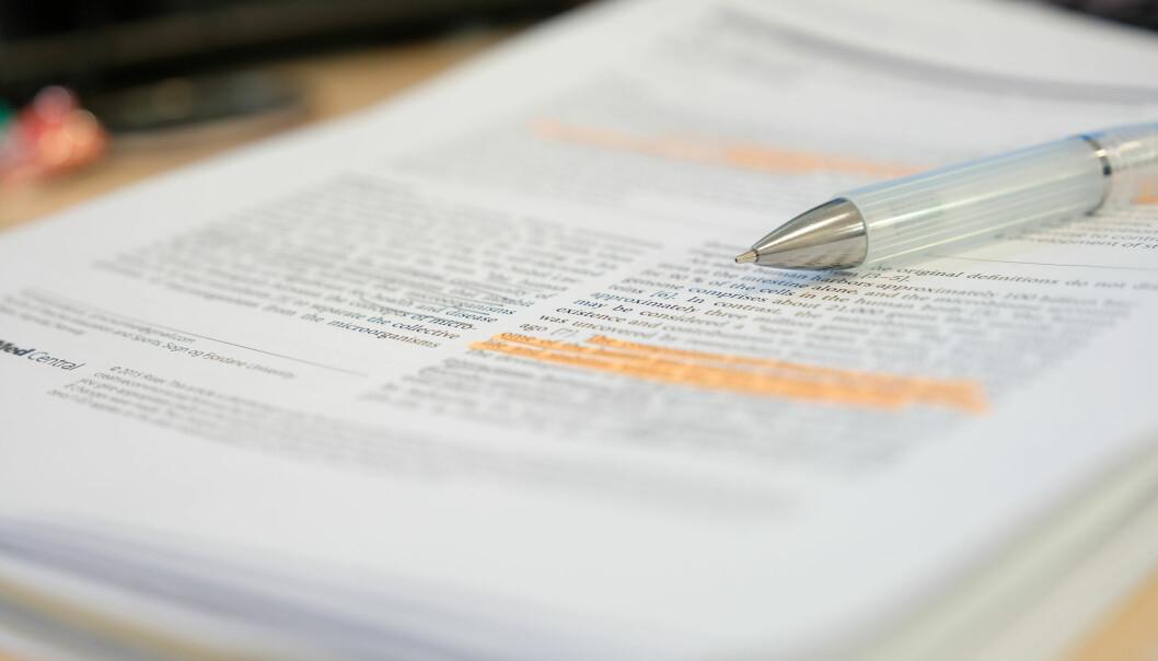 Forskningsartikler er ikke alltid like objektive som man skulle tro, ifølge en ny studie. (Foto: PolyPloiid / Shutterstock / NTB scanpix)