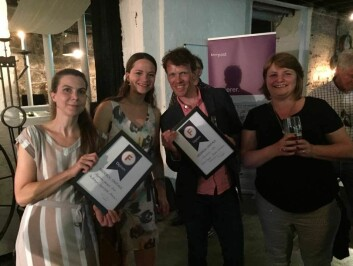 Ingrid Spilde (t.v.), Ida Kvittingen, Eivind Torgersen og Nina Kristiansen måtte alle opp på scenen for å motta heder og ære på Fagpresseprisen 2016. (Foto: Siw Ellen Jakobsen)