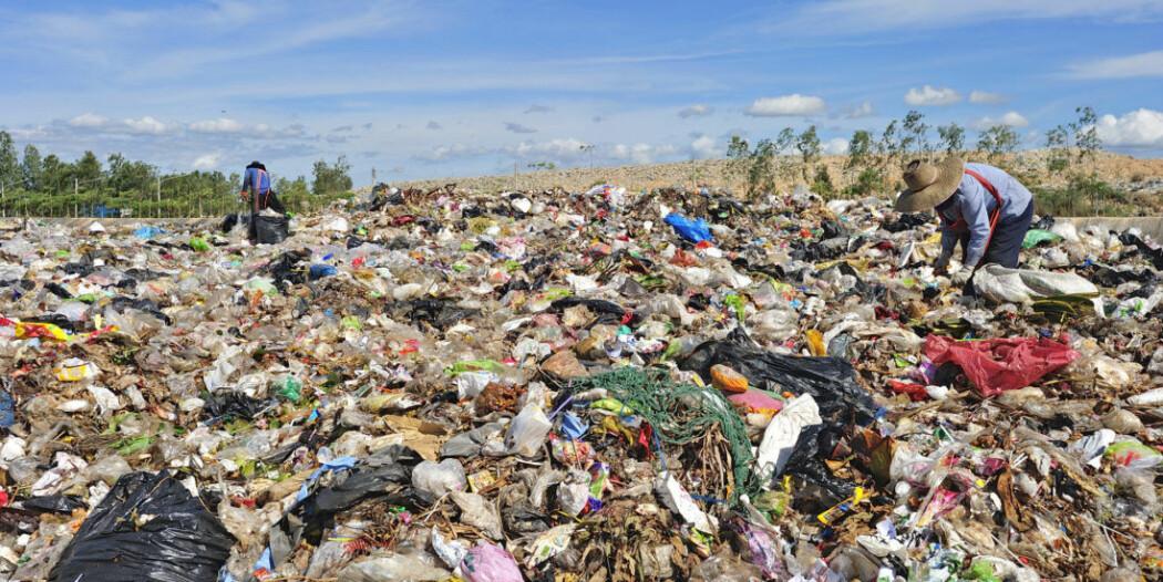 Vi produserer for mye plast og for mye søppel. Men mange materialer kan forvandles til nyttige produkter og bli en del av såkalt sirkulær økonomi. (Illustrasjonsfoto: Colourbox)