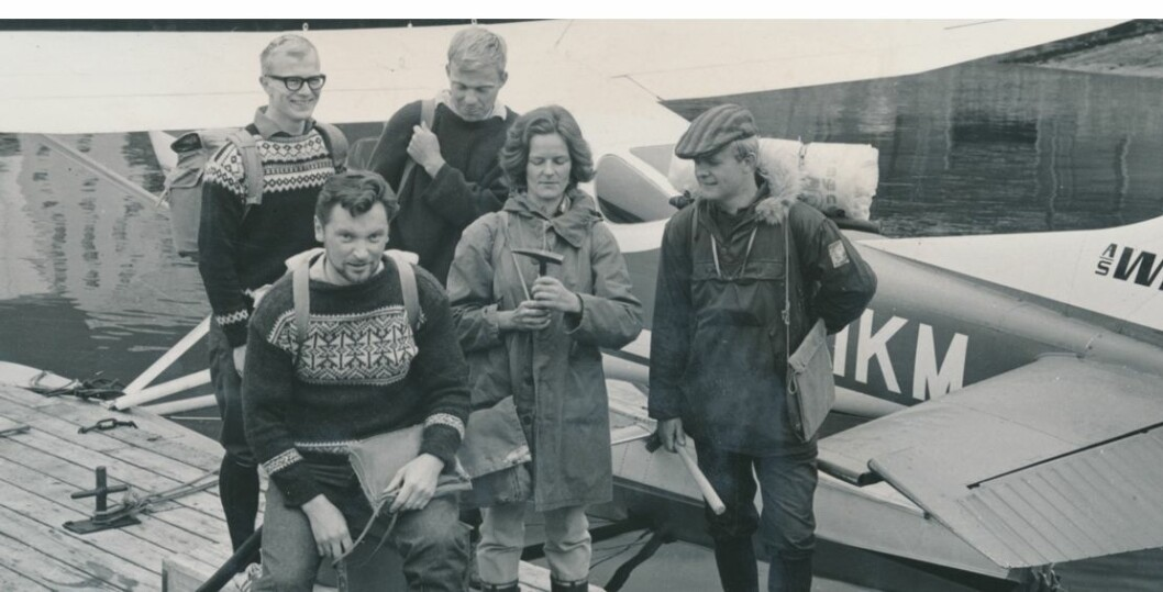 Ellen Sigmond er prosjektleder for feltgeologer på tur inn i Stølsheimen en gang på 1960-tallet. (Foto: Privat)
