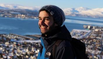 Marti Amargant Arumi er en av de rundt 50 unge polarforskere som Arven etter Nansen utdanner de neste fem årene. Marti forsker på veksten av mikroskopiske små alger i sjøis og arktisk vann som del av sin doktorgrad ved UiT - Norges arktiske universitet.  (Foto: privat)