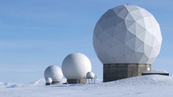SvalSat utenfor Longyearbyen er en av de viktigste bakkestasjonene for Sentinel-satellittene. (Foto: KSAT)