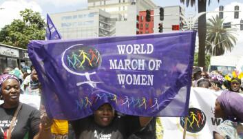 Vold som utøves for å holde kvinner på sin plass, er i stor grad akseptert i Tanzania, ifølge studien. Også i Norge finnes det vold med litt sosial aksept, og denne bør studeres nærmere, mener forskeren. (Foto: AP Photo/Khalil Senosi/NTB Scanpix)
