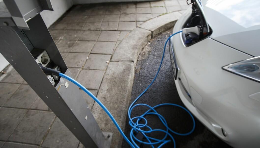 16 prosent av husholdningene i gruppen med høyest inntekt hadde minst én elbil i 2018. For gruppen med lavest inntekt var det bare 0,6 prosent som hadde et samme, viser en oversikt fra SSB. (Foto: Heiko Junge, NTB scanpix)