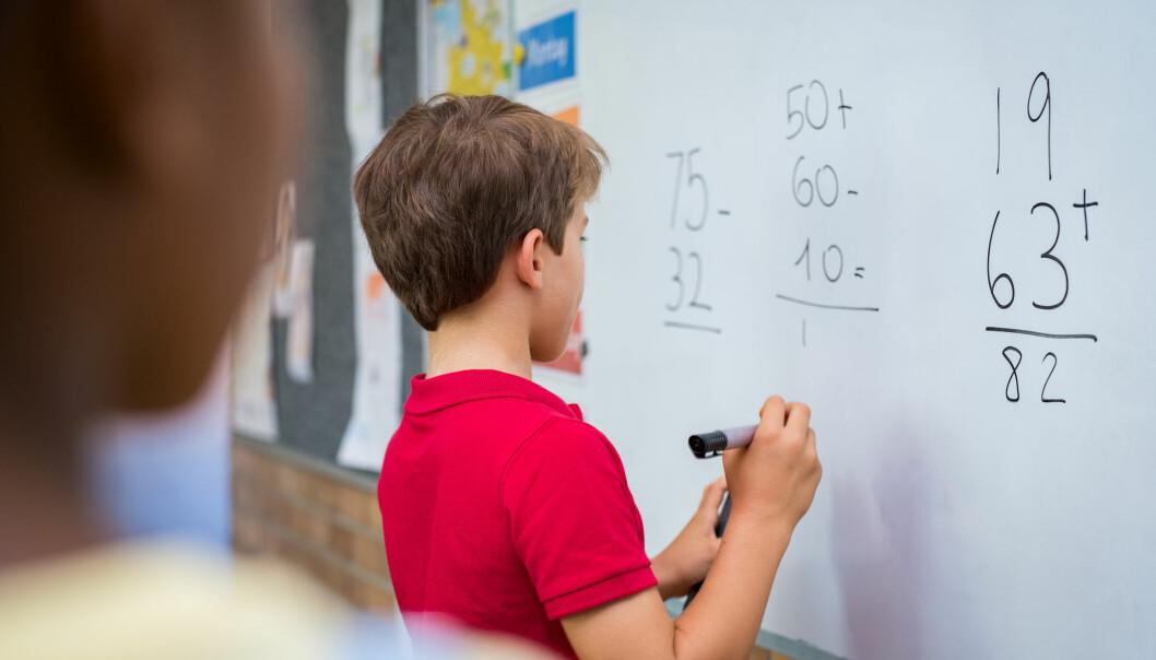 Pisa-undersøkelsene viser at sosial klasse har større påvirkning på elevenes prestasjoner i Norge enn i Finland. Hvorfor er det slik? (Illustrasjon: Rido / Shutterstock / NTB scanpix)