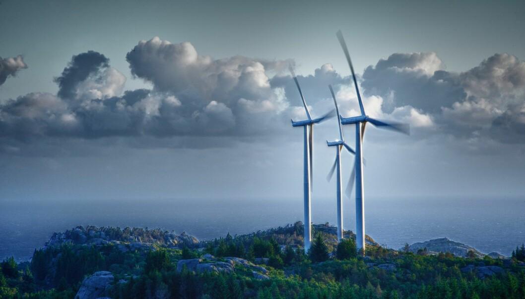 Bare fra 2016 til 2018 ble energiproduksjonen fra vindmøller i Norge mer enn fordoblet. Den blir doblet igjen i løpet av kort tid. Går det for fort?. Her vindkraftverket på Lista. (Foto: Veidekke/Melingmedia.no)