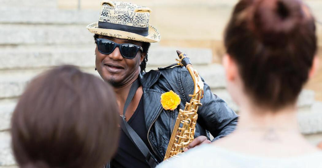 Hvordan kan musikk være et verktøy for å fremme integrering og interkulturell kompetanse? Det skal et forskningsprosjekt se nærmere på. (Illustrasjonsfoto: Colourbox)