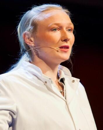 Kajsa Møllersen vant den nasjonale formidlingskonkurransen Forsker Grand Prix i 2012 med sitt foredrag om statistisk analyse av føflekker. (Foto: Marius Fiskum)