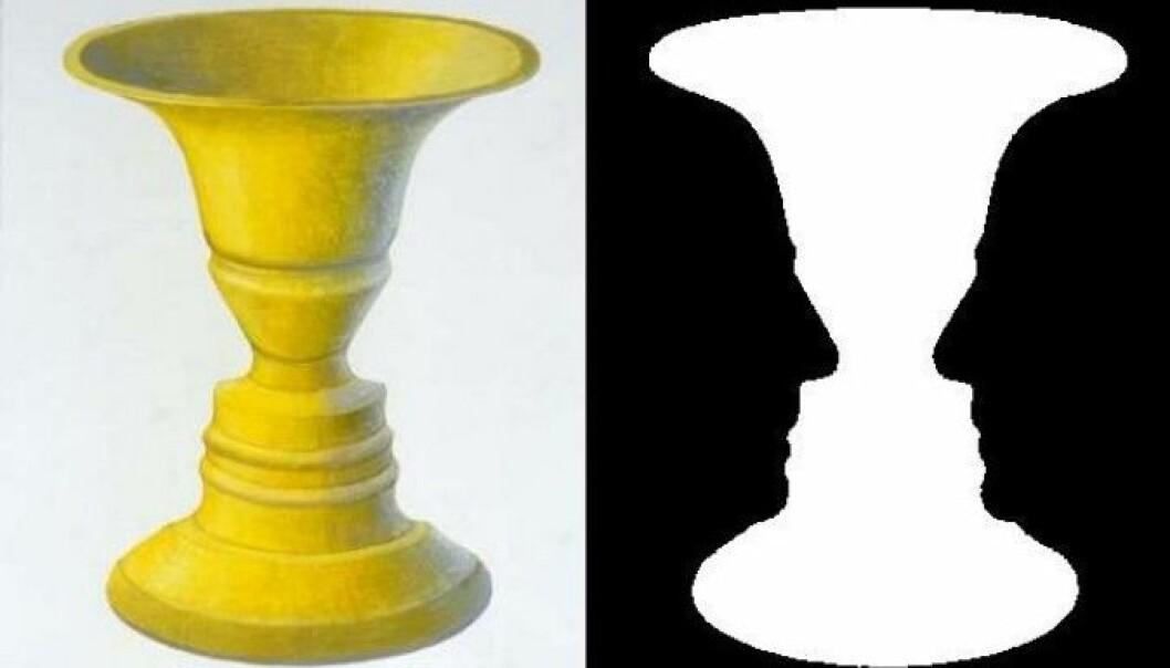 Du kan se en vase, og du kan se to menn fra siden. Men det er vanskelig å se begge deler samtidig. Barn på 3-4 år har problemer med å se både vasen og mennene. Det viste i hvert fall en studie. (Illustrasjon: John Smithson 2007/Wikimedia Commons)