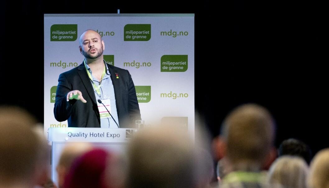 Farid Shariati i Miljøpartiet De Grønne (MDG) er blant få toppolitikere i Norge som er førstegenerasjons innvandrer. Statistikk viser at folk med innvandrerbakgrunn er sterkt underrepresentert i politikken. (Foto: Fredrik Hagen / NTB scanpix)