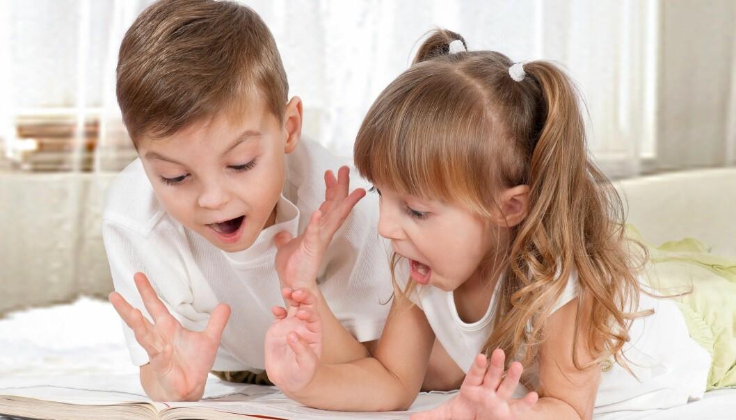 – Skolen bør ta bedre vare på fortellerkompetansen førsteklassingene allerede har med seg, slik at de bevarer dem og utvikler dem videre, sier førsteamanuensis Trude Hoel ved Lesesenteret. (Illustrasjonsfoto: Colourbox)