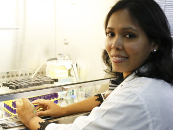 The results from the research project can be used as a base for an oral vaccine. PhD student Fatema Moni Chowdhury works on biological testing. (Photo: Frøy Katrine Myrhol)