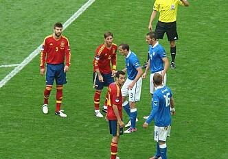 Which team wins EURO 2012?