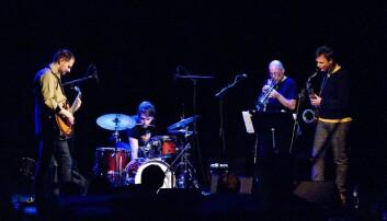 Njål Ølnes spiller saxofon i jazzbandet BMX. Nå har han også skrevet doktorgradsavhandling om friimprovisasjon.  (Foto: Anders Lien, Dagsavisen)