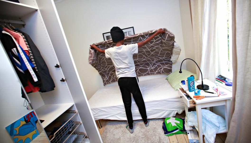 Noen miljøarbeidere blir veldig mekaniske og lite fleksible i de formelle samtalene med enslige mindreårige asylsøkere, ifølge en doktorgrad. Her er en 14 år gammel asylsøker på et omsorgssenter i Oslo. (Foto: Dan P. Neegaard, Aftenposten)