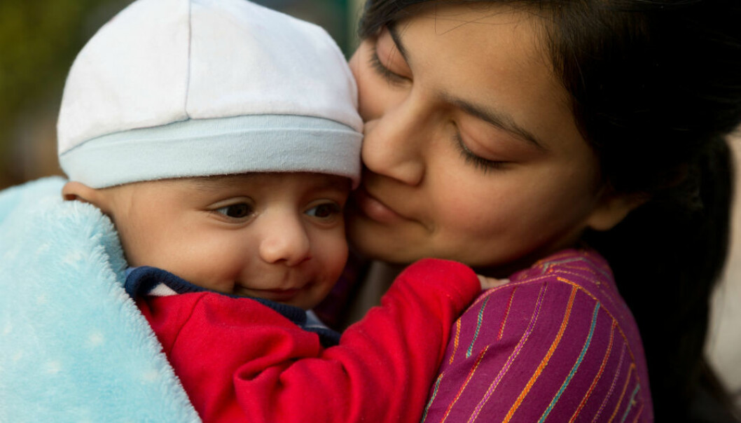 De norsk-pakistanske mødrene i Ida Erstads studie er opptatt av at sønnene deres skal lære seg å bidra i hjemmet. På sikt ser de for seg at sønnene dermed blir ektemenn som gir sine koner muligheter de selv ikke har hatt. (Illustrasjonsfoto: Rehan Qureshi/Shutterstock/NTB scanpix)