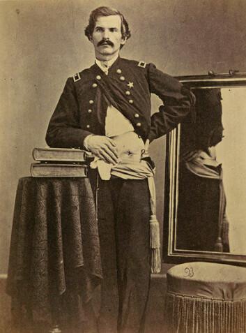 General Henry Barnum, rammet av skudd i 1862, fotografert i 1865. (Foto: Otis Historical Archives, National Museum of Health and Medicine)