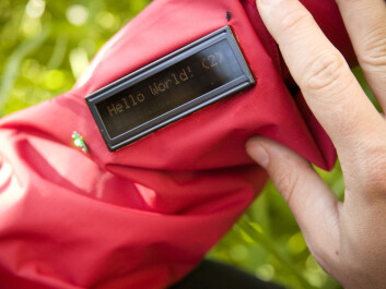 Instead of a telephone display, the jacket sleeve has a display sewn into it, showing a line of rolling text. (Photo: Gry Karin Stimo)