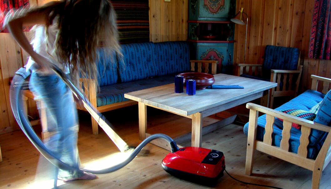 Mange au pairer i Norge opplever at de må gjøre mer husarbeid enn de hadde forventet, viser forskning fra NTNU.  (Foto: NTB Scanpix)