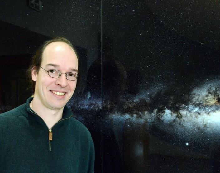 Torsten Bringmann er professor ved Fysisk institutt ved Universitetet i Oslo. (Foto: Hilde Lynnebakken, UiO)