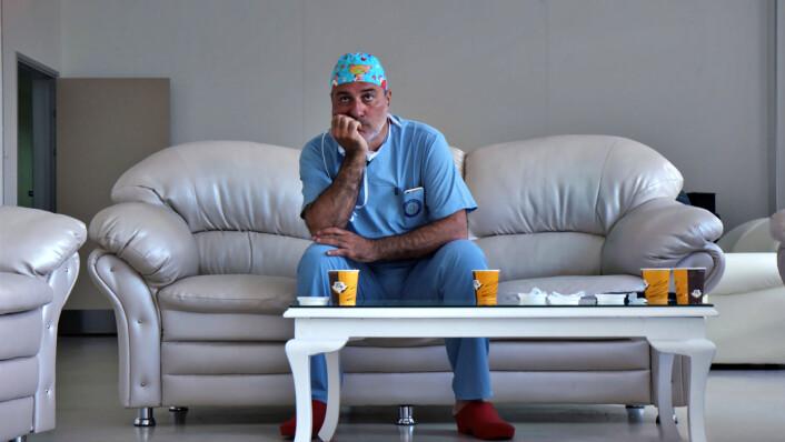 Seks av de åtte pasientene som fikk kunstige luftstruper, er døde. (Foto: Lars Granstrand, «Dokument inifrån: Experimenten»/SVT Play)