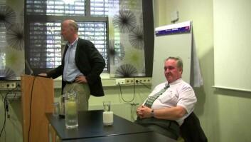 I 2013 introduserte professor Jørgen Bramness en av de mektigste aktørene i psykedelikanettverket, professor David Nutt til en debatt om rusforskningen. (Foto: fra YouTube)