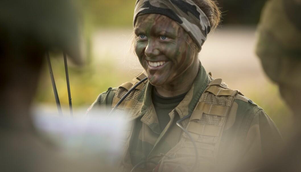 Kvinner i forsvaret er ikke noe nytt, men i år kommer det første kullet med kjønnsnøytrale vernepliktige. (Illustrasjonsfoto: Anette Ask, Forsvaret)