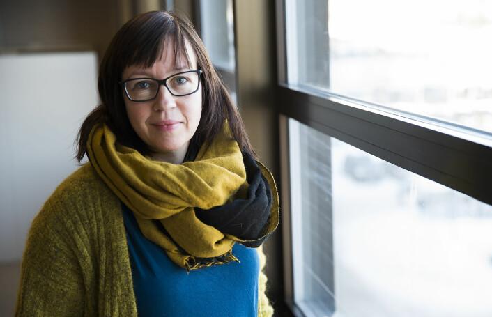 De unge, kristne flyktningene Marianne Brekke traff gjennom sin forskning hadde problemer med å komme i kontakt med lokal ungdom. Derfor ble de venner med hverandre, og møttes ofte på biblioteket. (Foto: Stig Brøndbo)