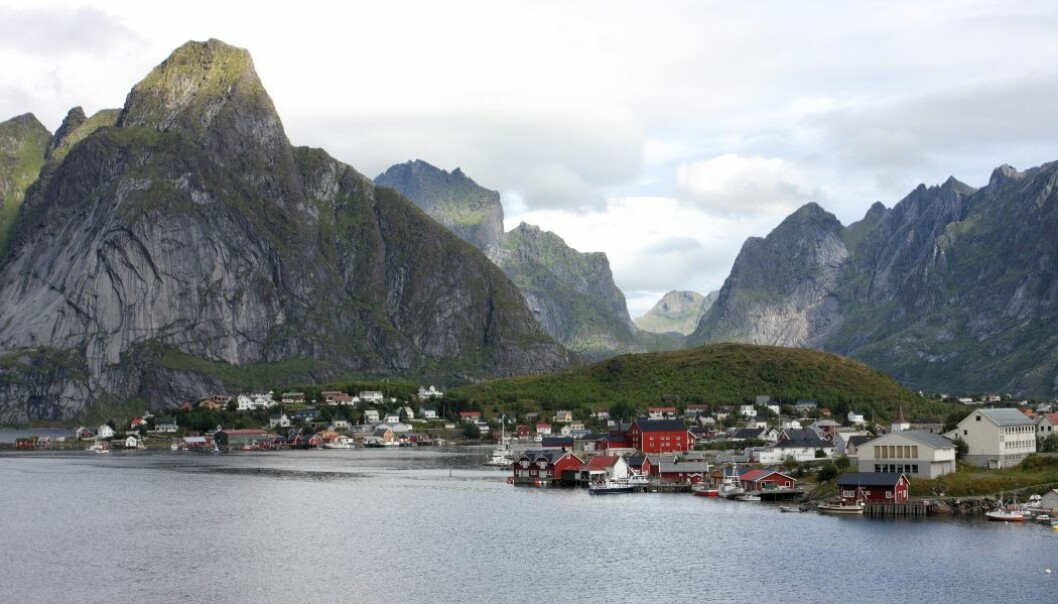 Local self-government does not have strong legal safeguards in Norway. That might have a dampening effect on citizen participation in municipalities such as Lofoten,  in northern Norway. (Photo: Colourbox)