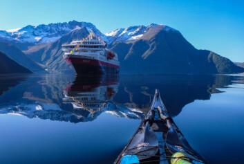 Hurtigruten tilbyr rundt 60 utflukter som kan bestilles ombord , på nett eller via agenter og bestillingskontoret. (Foto: Hurtigruten)