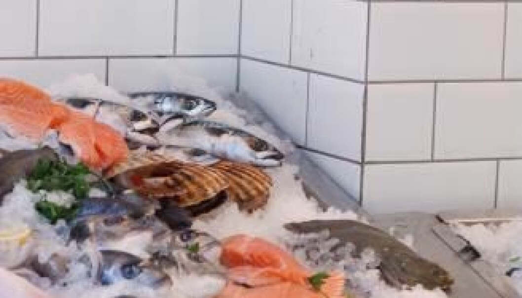 People will pay up to twice as much for the best fish products compared to poorer quality fish. Fish on ice at the seafood counter. (Photo: Colourbox)