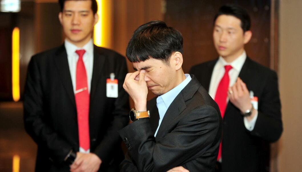 Stormester Lee Se-dol tapte fire av fem kamper mot dataprogrammet AlphaGo. (Foto: Reuters, NTB Scanpix)