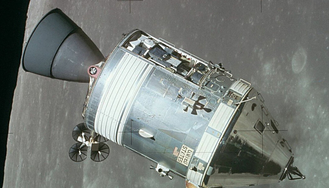 Kommandodelen av Apollo-romfartøyet. Dette er et bilde av Apollo 15-fartøyet i bane rundt månen, tatt av månelanderen. (Foto: NASA)
