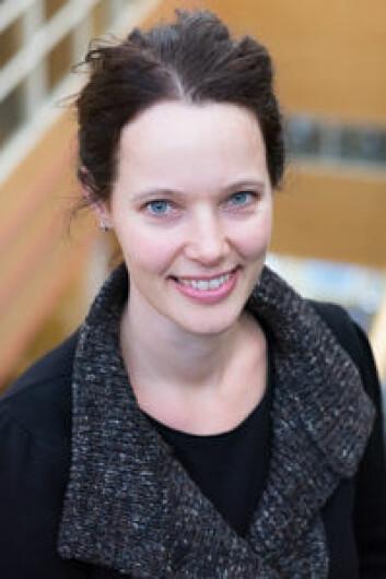 – På Facebook kan ungdommene uttrykke og eksperimentere med sammensatte språklige og kulturelle identiteter, sier Joke Dewilde, postdoktor ved Institutt for lærerutdanning og skoleforskning, Universitetet i Oslo. (Foto: Sandra R. Nielsen/ ILS)