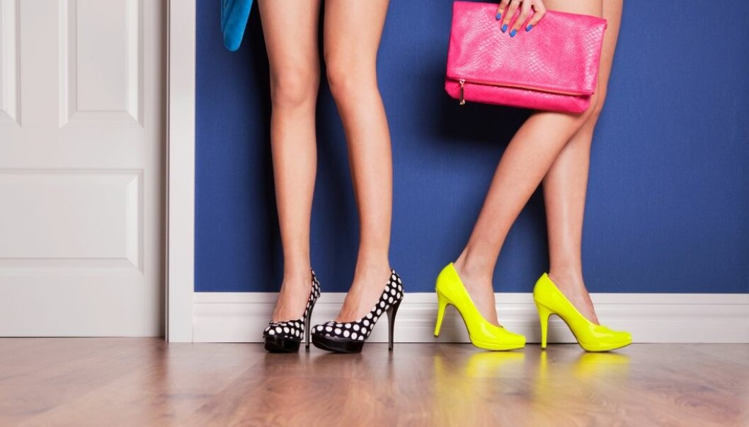 Når kvinner går på do sammen, handler det om at kvinner i større grad enn menn søker seg mot relasjoner, tror forsker. (Illustrasjonsfoto: NinaMalyna/Shutterstock/NTB scanpix.)