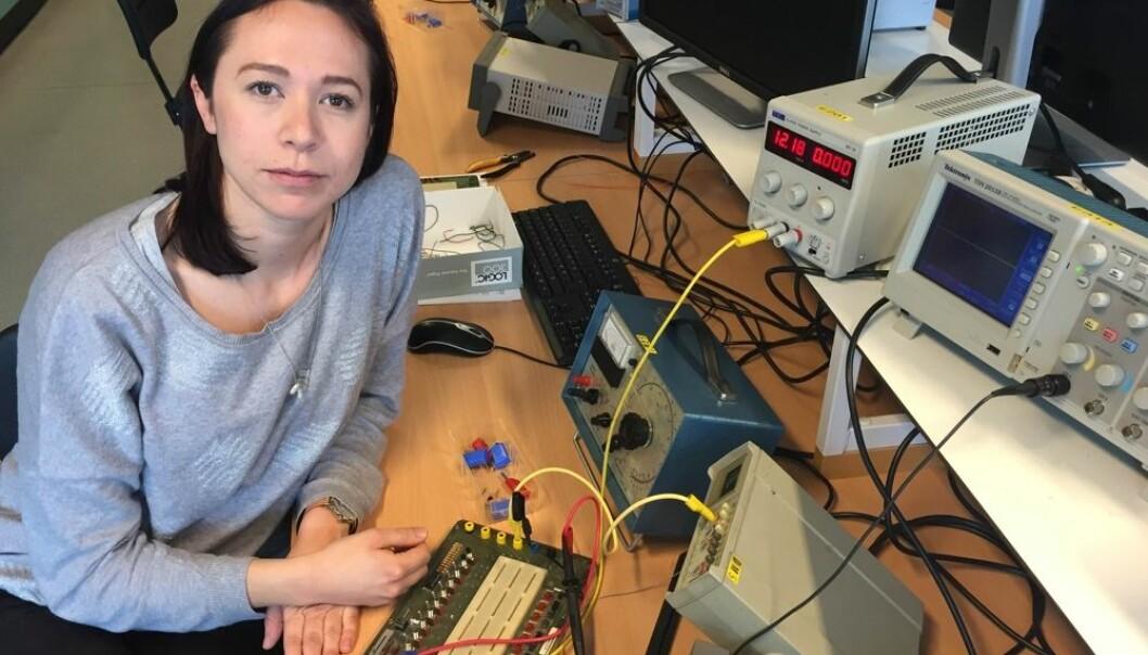 Viktoria Røsjø er en av mange jenter som bidrar til at det norske arbeidsmarkedet blir mindre kjønnsdelt. Hun er snart ferdig utdannet ingeniør.  (Foto: Katja Sørum)