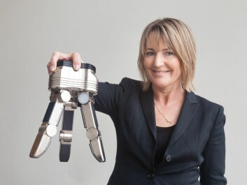 SINTEF researcher Ingrid Schjølberg is looking for more flexible robotic graspers for industrial applications. (Photo: Thor Nielsen)
