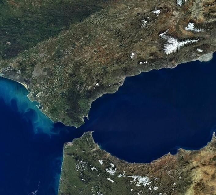 Gibraltar-stredet sett fra Sentinel-3A etter lunsj 1. mars 2016. (Bilde: Copernicus Sentinel data 2016)