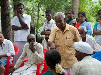 ClimaAdapt uses an integrated science-stakeholder-policy approach to develop an adaptation framework for water and agriculture sectors in India. In this photo stakeholders can be seen discussing the issues at hand. (Photo: Ragnar Våga Pedersen, Bioforsk)