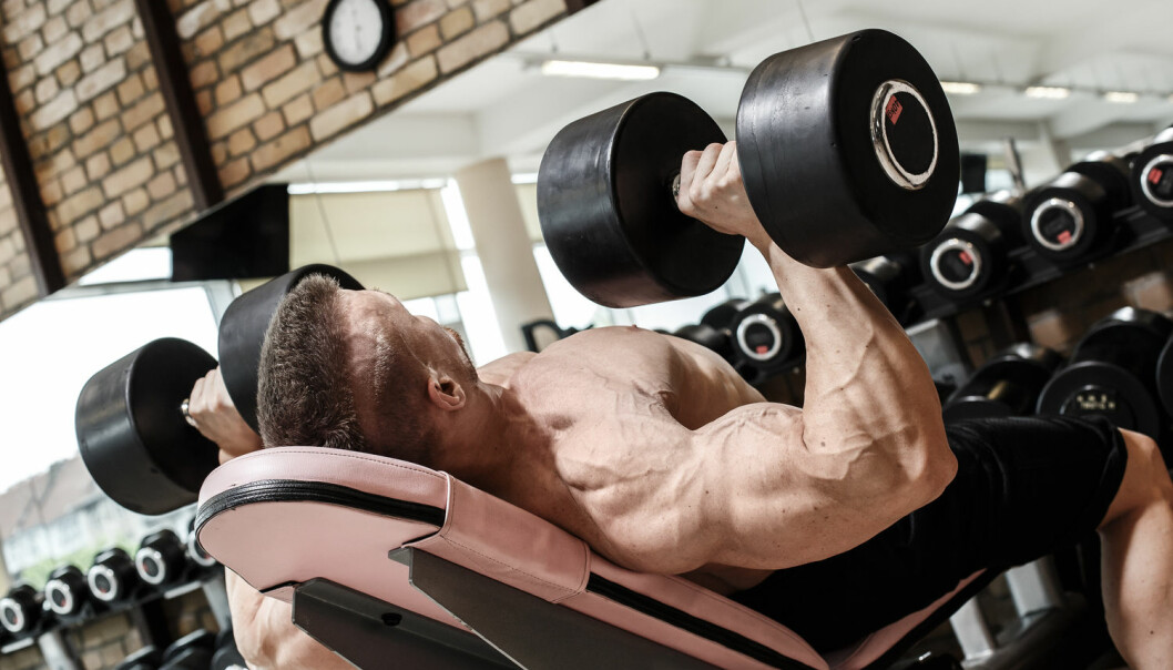 Hundrevis av kroppsbyggere forteller om hvorfor de doper seg i boken Fortellinger om Doping og kroppskultur. - Mange blir så oppslukt at de bruker mange år av sitt liv på dette, før de angrer. Da har de fleste fått psykiske og fysiske skadevirkninger, sier forfatteren Bjørn Barland.  (Foto: Shutterstock, NTB scanpix)