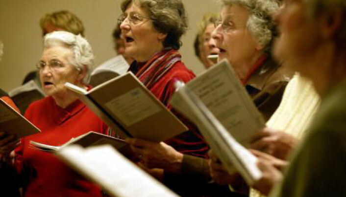 Choir members synch heart rates