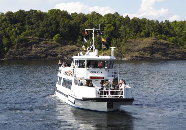 Avfall kan bli til verdifulle ressurser. Kollektivselskapet Ruter la nylig om til fornybar Diesel på alle sine ferjer i Oslofjorden. (Foto: Ruter)