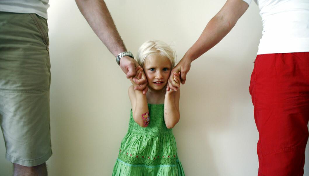En av fire foreldrepar har så store konflikter seg i mellom ved samlivsbrudd at de sliter med å bli enige om barneomsorgen. Meklerens tilnærming avgjør langt på vei om de blir enige eller om konflikten blir fastlåst, viser en ny studie.  (Foto: NTB scanpix)