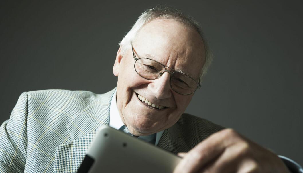 Norske eldre er blitt storbrukere av internett, de også. Et flertall av alle over 70 år er på nett daglig eller ukentlig. (Illustrasjonsfoto: Radius/NTB scanpix)