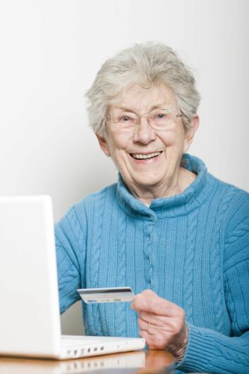 Nettbank har gitt en stor gruppe eldre bedre mulighet til å følge med på sin egen økonomi.  (Illustrasjonsfoto: Radius/NTB scanpix)