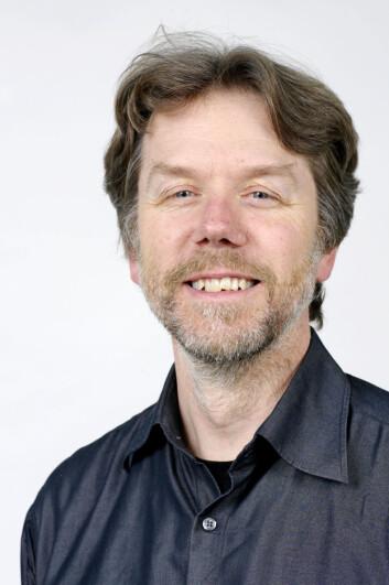 Suksessfulle, pene personer på film kan gjøre røyking glamorøst, mener medieforsker Gunnar Sæbø. (Foto: FHI/Nye bilder)
