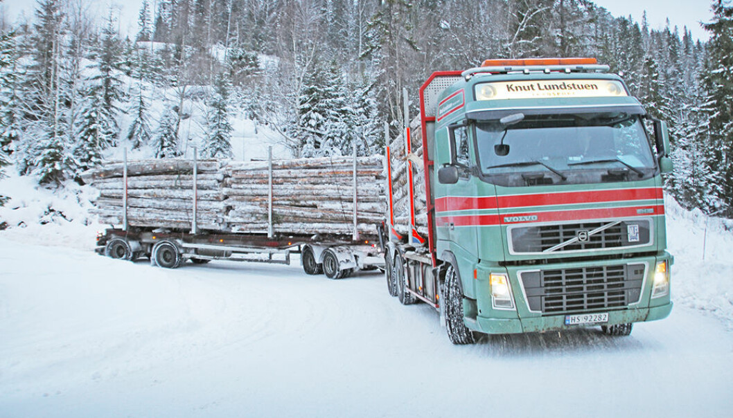 Greenhouse gas emissions from forest operations are generally low. On-road timber transport accounts for the largest share of these emissions. (Photo: Astrid Kløvstad / Norsk Skogbruk)
